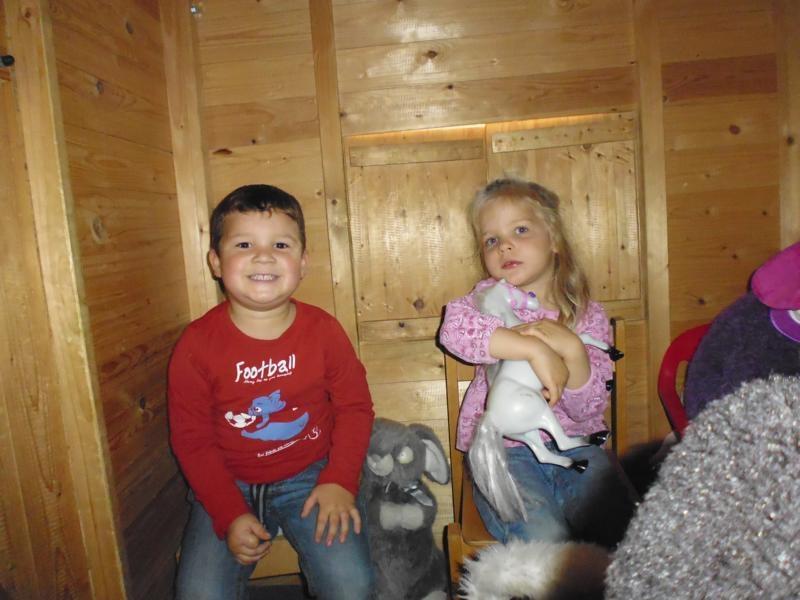 2017-10-14-12-32-32_Bilder Ausflug Bauernhof Familie Bein