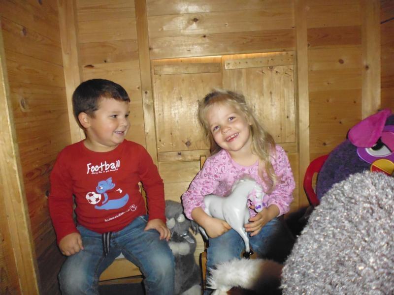 2017-10-14-12-32-40_Bilder Ausflug Bauernhof Familie Bein