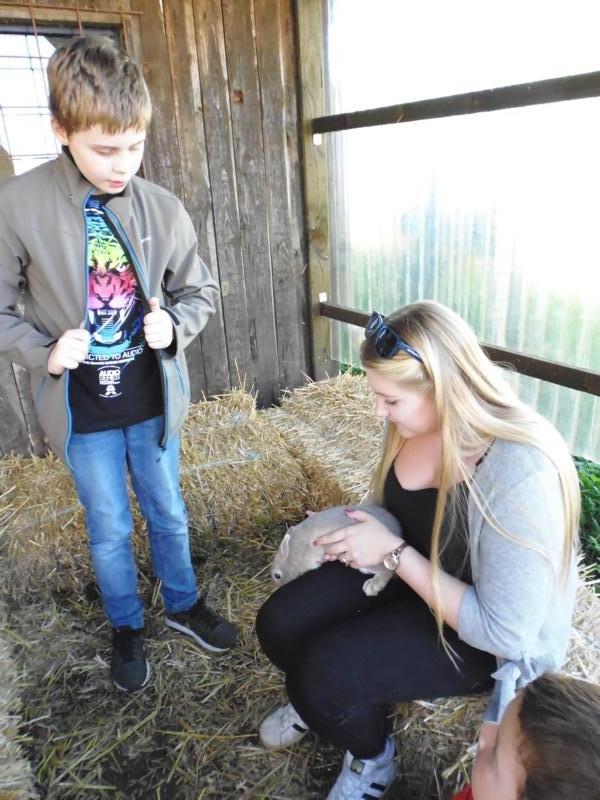 2017-10-14-13-39-54_Bilder Ausflug Bauernhof Familie Bein