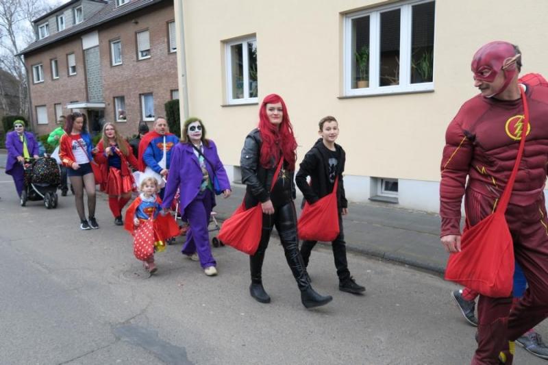 2017-02-26_14-27-53_Bilder Karnevalszug in Fischenich 2017 (A. Thomas)