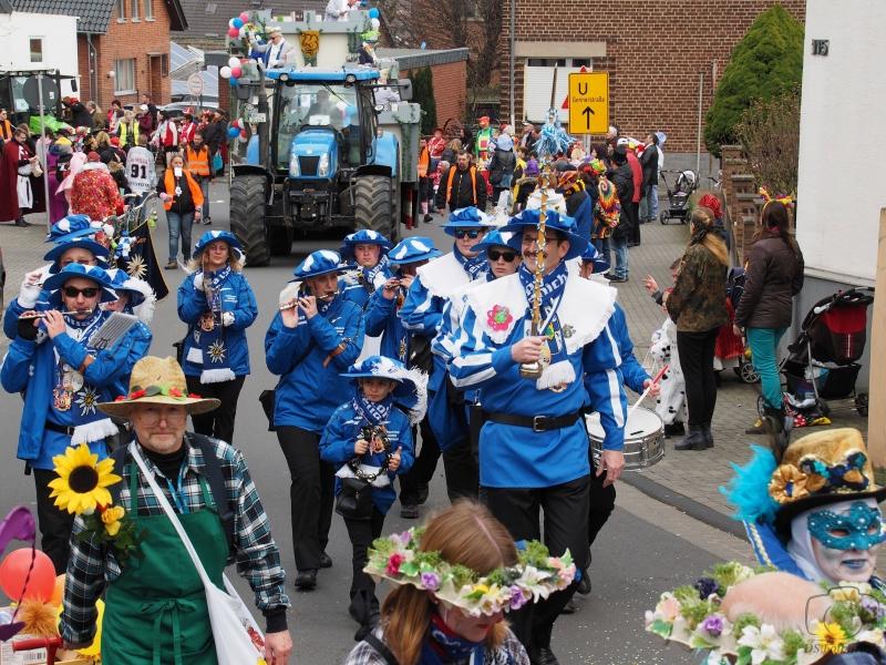 2017-02-26_15-16-26_Bilder Karnevalszug Fischenich 2017 (D. Schueller)