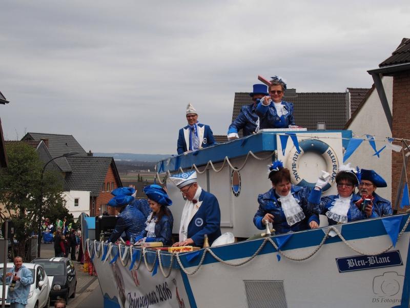 2017-02-26_15-22-18_Bilder Karnevalszug Fischenich 2017 (D. Schueller)