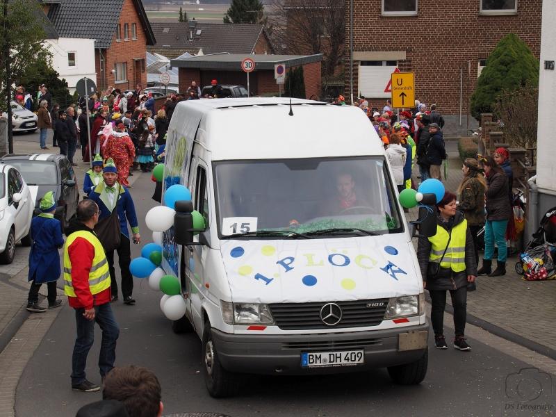 2017-02-26_15-23-40_Bilder Karnevalszug Fischenich 2017 (D. Schueller)