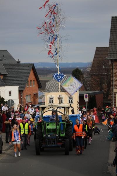 2017-02-26_16-17-08_Bilder Karnevalszug Fischenich 2017 (D. Schueller)
