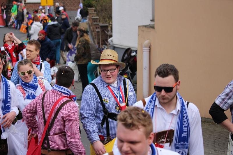 2017-02-26_16-18-19_Bilder Karnevalszug Fischenich 2017 (D. Schueller)