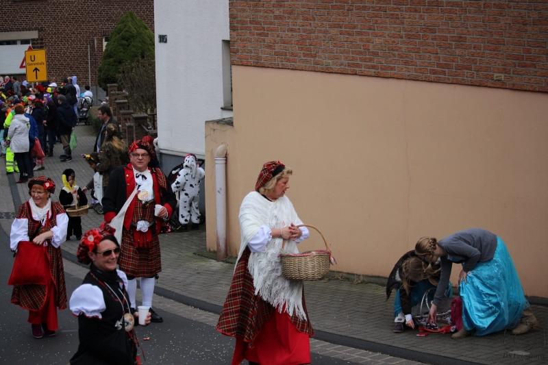 2017-02-26_16-31-13_Bilder Karnevalszug Fischenich 2017 (D. Schueller)