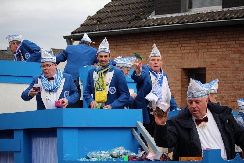 2017-02-26_16-33-06_Bilder Karnevalszug Fischenich 2017 (D. Schueller)