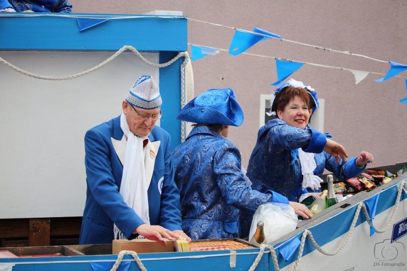 2017-02-26_16-34-35_Bilder Karnevalszug Fischenich 2017 (D. Schueller)