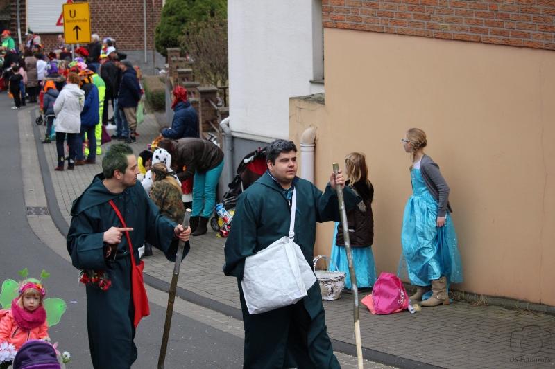 2017-02-26_16-35-17_Bilder Karnevalszug Fischenich 2017 (D. Schueller)