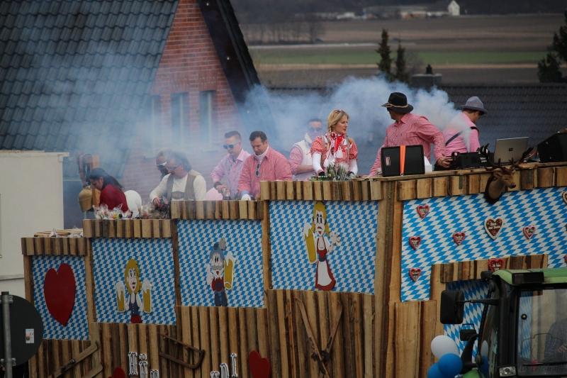 2017-02-26_16-45-10_Bilder Karnevalszug Fischenich 2017 (D. Schueller)