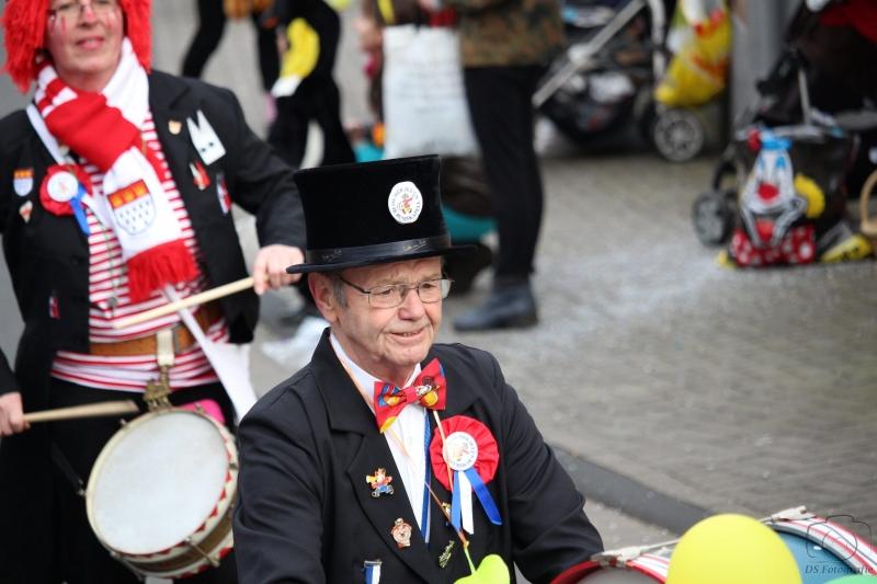 2017-02-26_16-47-46_Bilder Karnevalszug Fischenich 2017 (D. Schueller)
