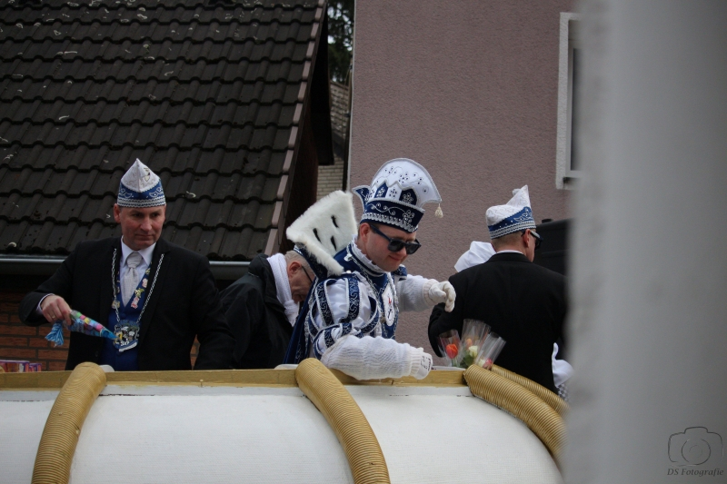 2017-02-26_16-55-56_Bilder Karnevalszug Fischenich 2017 (D. Schueller)