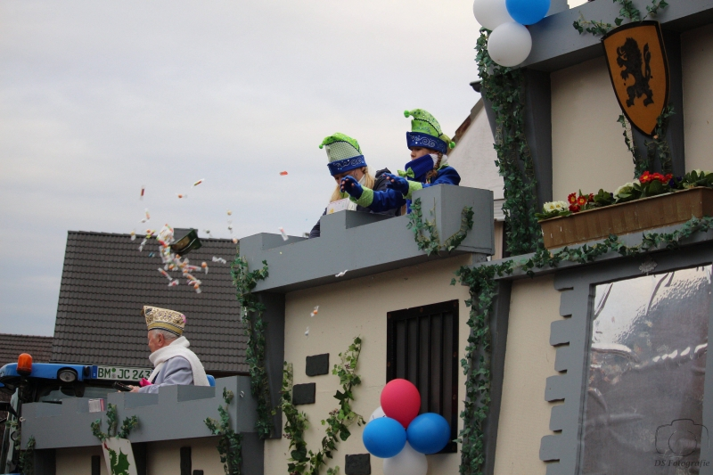 2017-02-26_17-44-51_Bilder Karnevalszug Fischenich 2017 (D. Schueller)