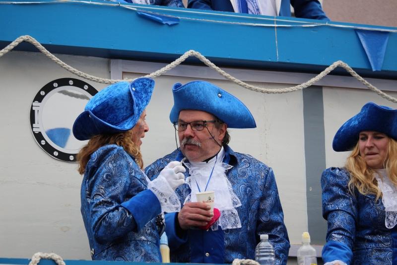 2017-02-26_17-53-11_Bilder Karnevalszug Fischenich 2017 (D. Schueller)