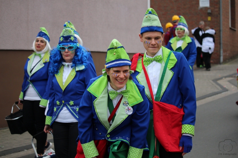 2017-02-26_17-55-01_Bilder Karnevalszug Fischenich 2017 (D. Schueller)